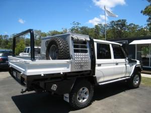 Custom Welded Alloy Dog Crate Dual Cab Landcruiser